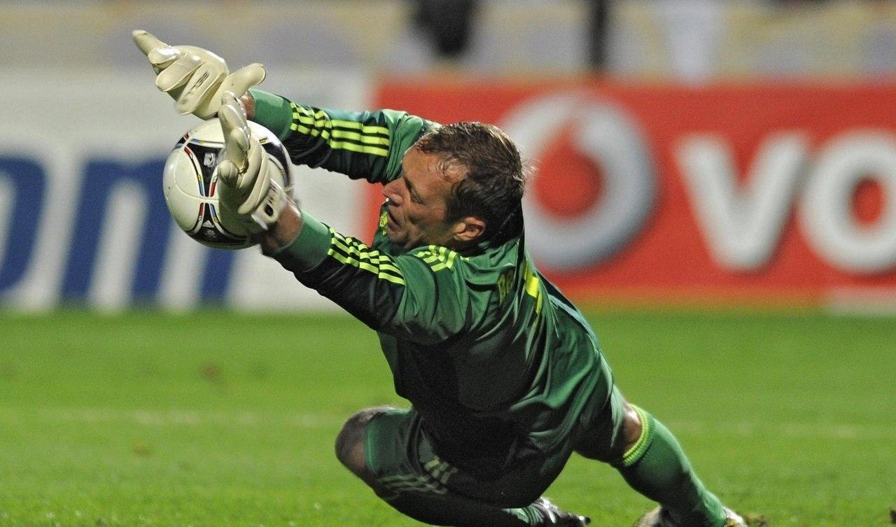 http://www.sport.ru/ai/17x16000/271124/head_0.jpg