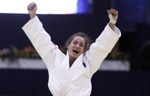 Дзюдоистка изКосово Кельменди стала первой олимпийской чемпионкой страны
