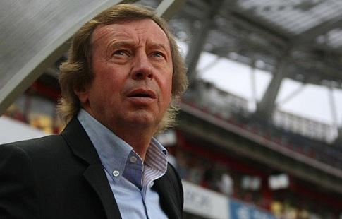 СМИ узнали орешении Черевченко покинуть пост основного тренераФК «Локомотив»