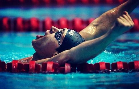 Фелпс иСадовников вышли вфинал 100-метровки баттерфляем