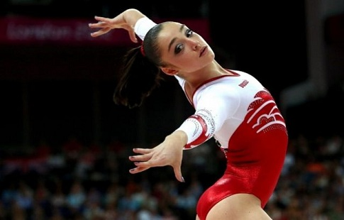 Русская гимнастка Мустафина завоевала бронзуОИ вличном многоборье