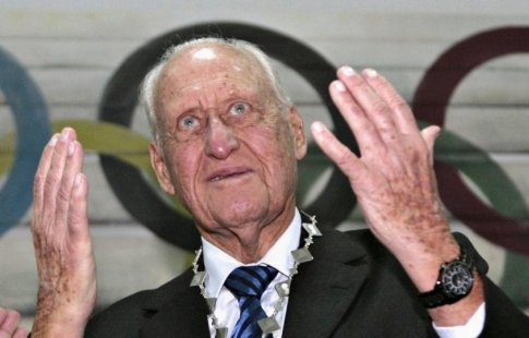 Скончался 100-летний экс-глава ФИФА Авеланж