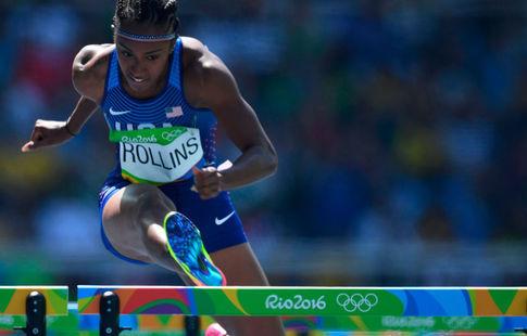 Роллинз стала олимпийской чемпионкой вбеге на100 метров сбарьерами