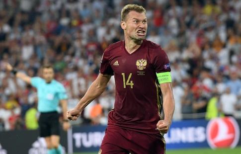 Сборная Российской Федерации свела вничью свой 1-ый матч при Черчесове