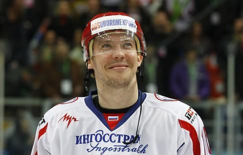 Хоккеист Сергей Мозякин повторил рекорд почислу шайб вчемпионатах страны