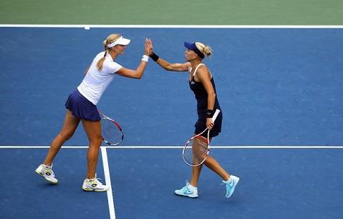 Россиянки Веснина/Макарова квалифицировались наитоговый турнир WTA впарном разряде