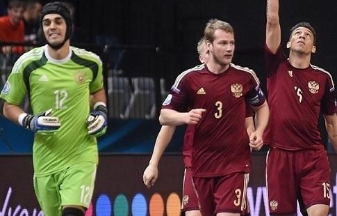Сборная РФ помини-футболу вышла вчетверть финала