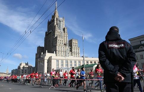 «Вторую часть марафона пробежал даже скорее, чем первую»— Артем Алексеев