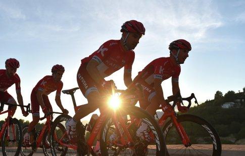 Макаров останется ключевым спонсором ивладельцем велокоманды «Катюша-Alpecin»