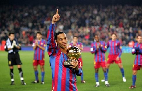 Роналдиньо возвратится в«Барселону» вкачестве посла