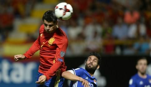 Адурис установил рекорд сборной Испании