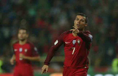 Роналду будет получать 23,6млневро вгод— Португалия