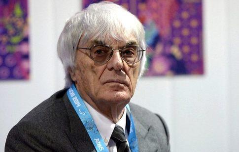 Организаторы Гран-при Сингапура «Ф-1» могут отказаться отего проведения— Экклстоун