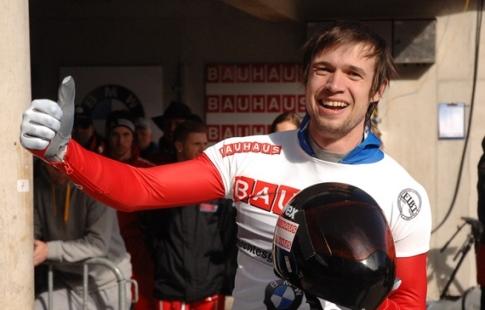 Олимпийский чемпион Александр Третьяков— серебряный призёр канадского этапа Кубка мира поскелетону