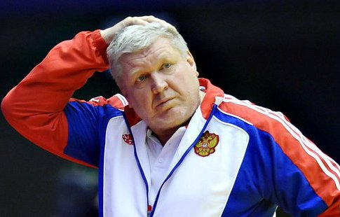 Россиянки уступили команде Румынии вовтором матче чемпионата Европы погандболу