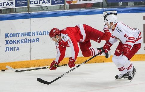 «Спартак» одержал победу у«Локомотива» вретроматче вчемпионате КХЛ