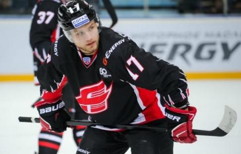 Хоккей клуб «СКА» обыгрывает на собственной арене омский «Авангард»