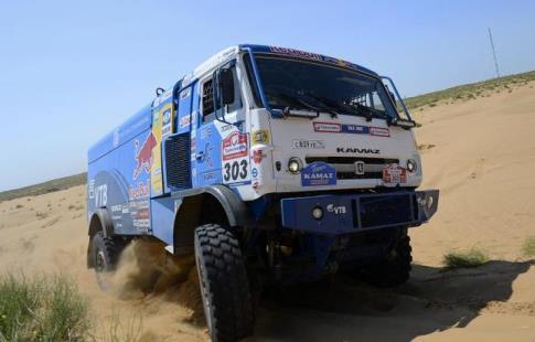 Экипаж Николаева одержал победу 2-ой этап «Дакара» подряд взачёте фургонов