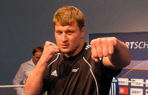 Александр Поветкин получил национальную премию «Звезда бокса» заскандальный бой вЕкатеринбурге