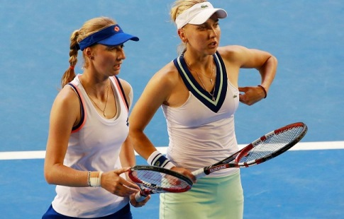Россиянка Елена Веснина вышла вчетвертьфинал теннисного турнира в северной столице