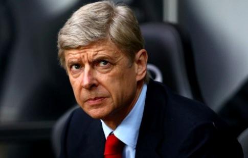 «Арсенал» непланирует увольнять Венгера доконца сезона