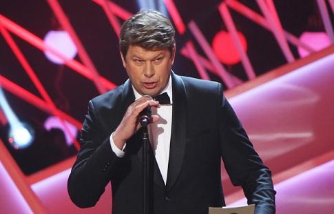 Русские биатлонисты хором спели гимн РФ после того, как организаторы перепутали музыку