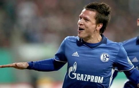 «Шальке» хочет купить у«Севильи» права наукраинского футболиста Коноплянку