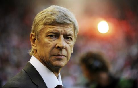Венгер продлит договор с«Арсеналом» минимум наодин сезон, считает Робер Пирес