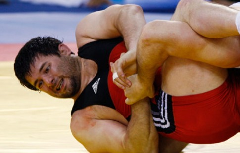 Русский борец Ахмедов получит золото ОИ-2008 из-за дисквалификации конкурента