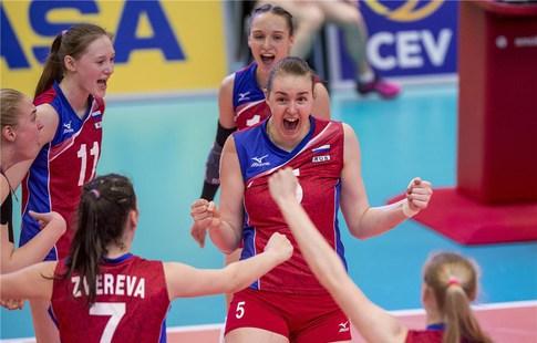 Волейболистки сборнойРФ победили команду Республики Беларусь ивышли вфинал юниорскогоЧЕ