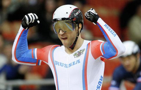 Спортсмен из Российской Федерации Дмитриев стал чемпионом мира повелоспорту натреке