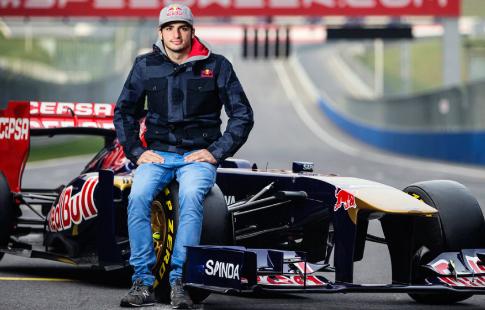 Гонщик Квят извинился перед командой заошибку вквалификации Гран-при Бахрейна