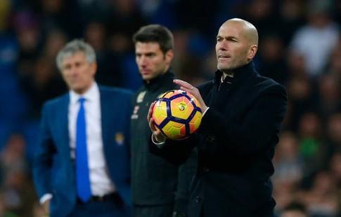 Перес сказал Зидану, что тот останется наставником «Реала»