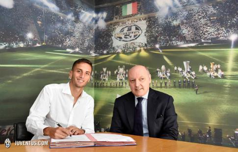 «Ювентус» объявил о закупке 19-летнего игрока «Бока Хуниорс»