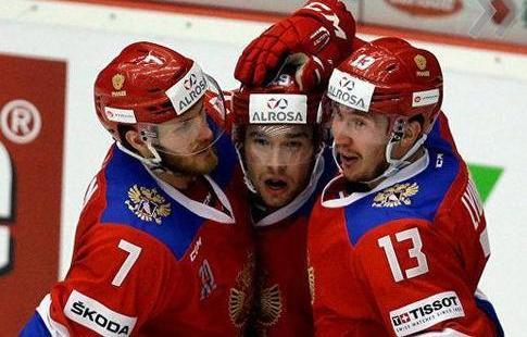 Трое кузбассовцев вошли врасширенный состав сборной РФ похоккею наЧМ