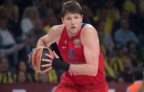 «Фенербахче» впервый раз  одержал победу  самый престижный клубный баскетбольный турнир вевропейских странах