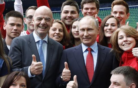 Президент ФИФА объявил о несоблюдении прав мигрантов при строительстве «Зенит-Арены»