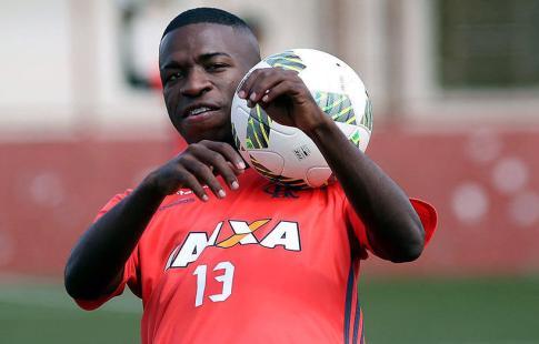 В «Реал» перейдет 16-летний нападающий «Фламенго»
