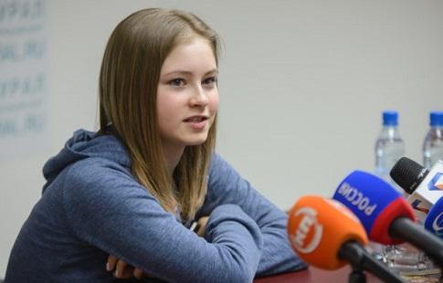 Липницкая иСотникова невошли всостав Гран-при пофигурному катанию