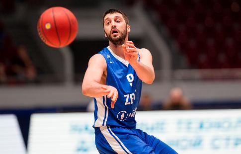Баскетбол: «Химки» на собственной площадке обыграли «Зенит»
