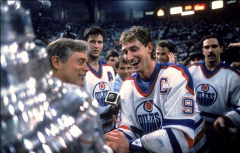 «Эдмонтон» образца сезона-1984/85 признан болельщиками лучшей командой вистории НХЛ