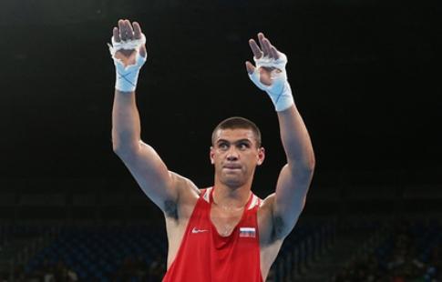 Якутянин Василий Егоров вышел вполуфинал чемпионата Европы побоксу