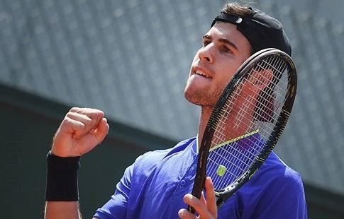 Федерер одержал победу турнир в германском Халле