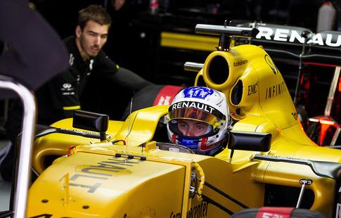Боттас уверенно одержал победу  Гран-при Австрии