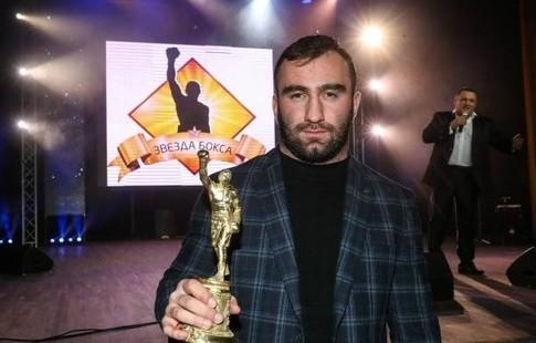 Бой жителя России Гассиева споляком Влодарчиком намечен на сентябрь вСША