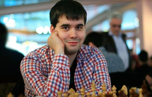 Александр Грищук разделяет первое место после 5-ти туров 3-го этапа шахматного Гран-при