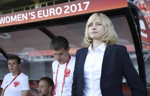 Русские футболистки одержали первую победу наЧЕ за20 лет