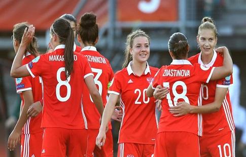 Женская сборная РФ проиграла Швеции наЕвро