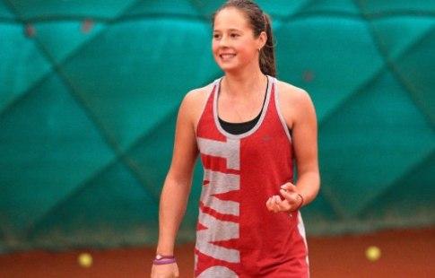 Теннисистка Касаткина выиграла гейм ударом между ног