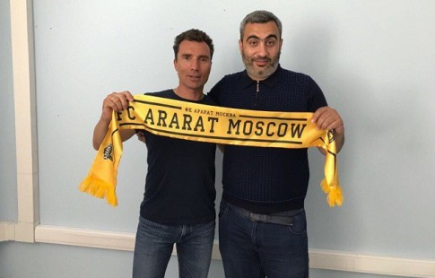 Экс-тренер «Анжи» может возглавить московский «Арарат»